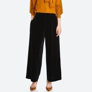 Velvet stretch uniqlo large pants